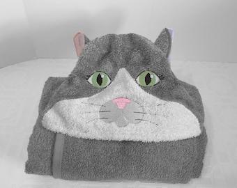 cat hooded bath towel: TAN OR GRAY
