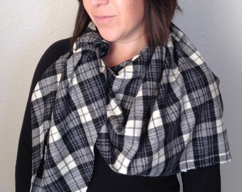 100% Italian Wool Plaid Scarf