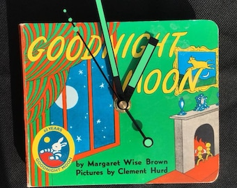 CLEARANCE SALE: Goodnight Moon – Storybook Wall Clock