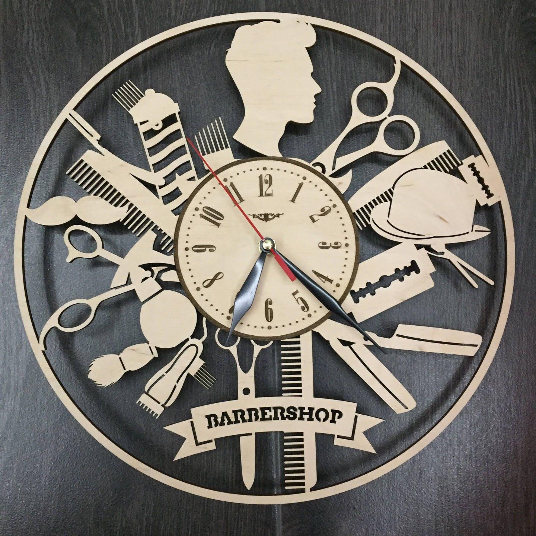 salon de coiffure barbershop horloge murale en bois cadeaux. Black Bedroom Furniture Sets. Home Design Ideas