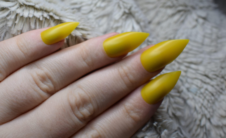 Fantastic Long Pointy Fake Nails Festooning - Nail Art Design Ideas ...