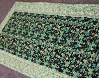 Green Leaf Shamrocks St. Patricks  12  X 31   Table Runner Topper