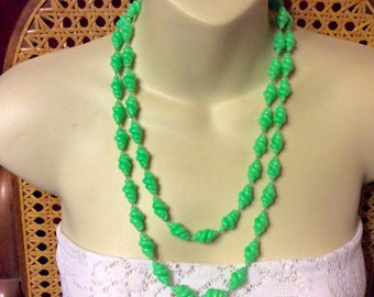 Vintage 1960's lime green acryic spiral beads beaded necklace.