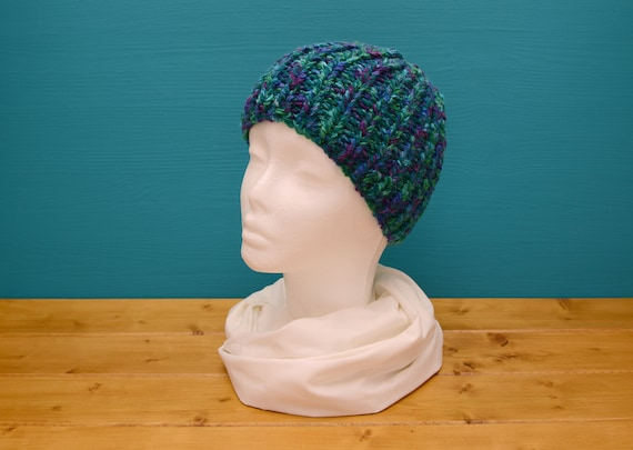 Kids' peacock blue and green ribbed beanie hat