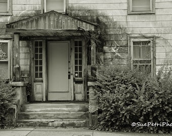 Haunted House, Salem, MA, Abandoned House, Black and White Photography, Travel Photography, Architectural Photography, Architecture