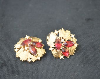 Vintage 1960's Trifari Gold Tone Red Stone Clip Earrings