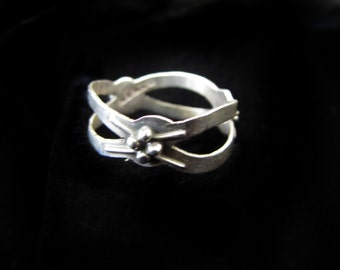 Vintage Mexican Silver Criss-Cross Ring