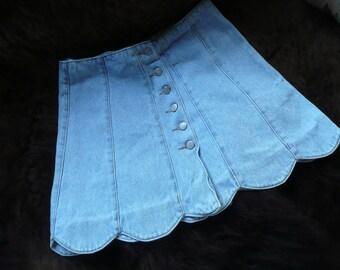 Vintage BWB  Denim Jean Mini Skirt with Scalloped Bottom.  Size 13