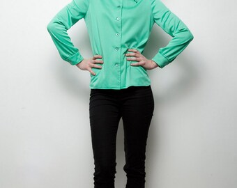 green polyester shirt vintage 70s pointy collar top long sleeves M MEDIUM