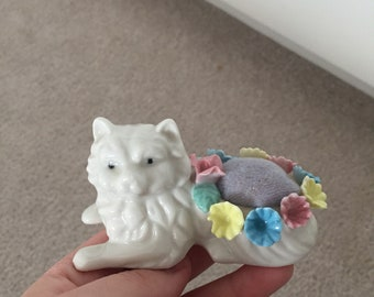 Ceramic cat pin cushion vintage 1980s