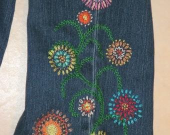FLOWER POWER Hippie Style blue jean crewel embroidery PATTERN