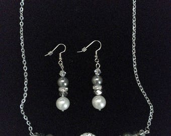 Crystal and Pearl Wedding necklace/earring set bridal jewelry set Prom jewelry set