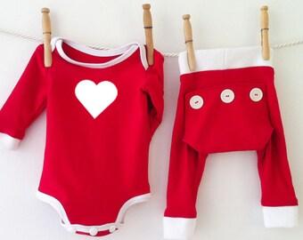 Red Valentines Day Baby Pajamas, Heart Newborn Valentine Outfit, Baby Valentines Bodysuit, Valentines Day Baby Love, Valentines Outfit