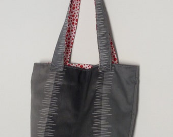 Bag Tote gray, white with red polka dots lining