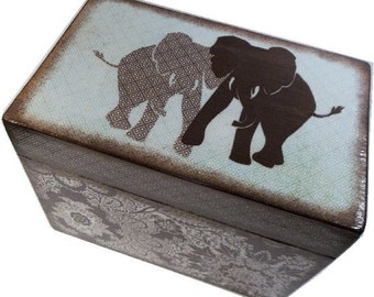 Recipe Box Decoupaged Bridal Shower Box Large, Handcrafted  Kitchen Storage, Organization Holds 4x6 Recipe Cards Elephant Box MADE TO ORDER