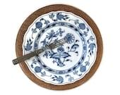Antique Meissen Blue Onio...