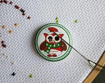Owl Santa Hat Needle Minder