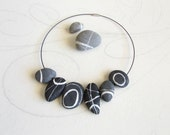 Nature necklace Gray flat...