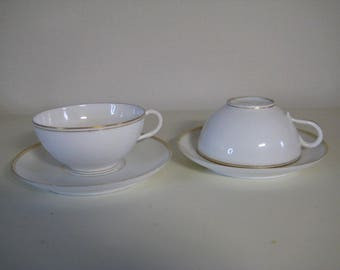 Two fine porcelain cups