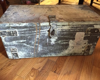 Vintage 1920s tongue and groove carriage box heavy wood box decor