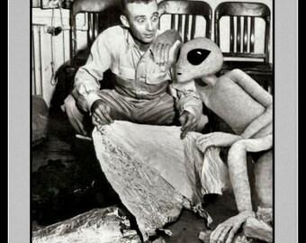 Roswell, Area 51 Friendly Alien