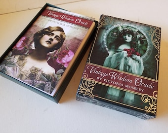 Beautiful Oracle cards, with booklet, 52 cards