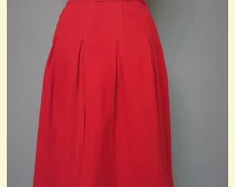 Vintage 1940s red wool skirt 27 W