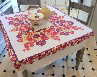 Vintage Tablecloth Fab Fruits Strawberry Apples 1940s Kitchen Retro Tablecloths