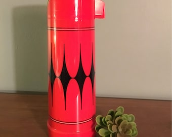 Red and Black Pint Sized Aladdin Thermos