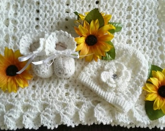 Newborn baby girl crochet hat and bootie set