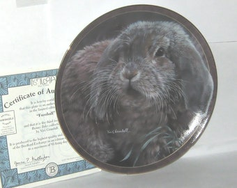"Bradford Exchange 1997 Bunny Tales ""Fuzzball"" decorator Wall Plate Rabbits"