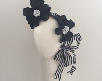 Derby day Fascinator , Fascinator , black and white Fascinator , headband Fascinator , modern Fascinator , millinery