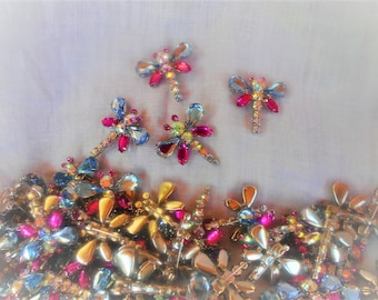 """Rhinestone Dragonfly pins 1 1/4"""" or 3 cm in size  I will sell in lots of 5"""
