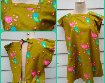 1970's Retro Canning Smock Apron -Hot Pink, Teal and Green Love Birds and Heart Print with Pockets and Center Back Ties