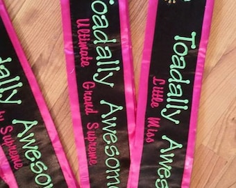 Custom beauty pageant sashes/banners/weddings/proms/embroidered/birthday sashes/bridal sashes
