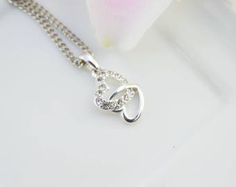 Heart Charms minimalist Necklace - Necklace delicate for her - Necklace woman silver - for everyday - Necklace discreet, elegant