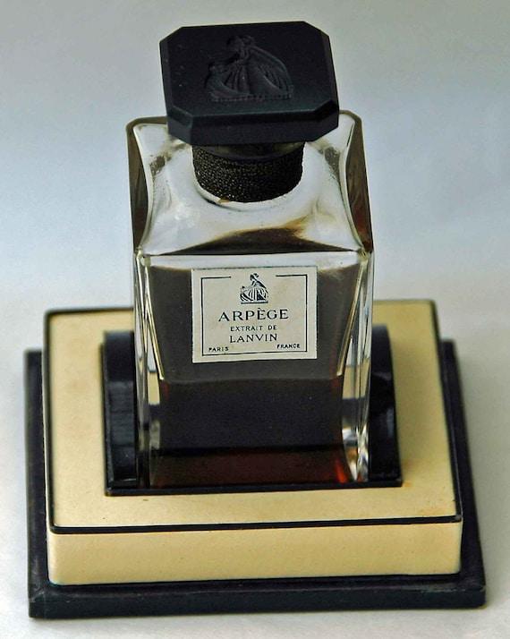 Vintage ARPEGE EXTRAIT de LANVIN Paris France Perfume Rare n Lovely 54gr n Original  Box, Bottle w/ Black Glass Intaglio Top