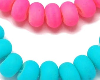 set of 100 Pearl blue or pink rings to choose from, fluorescent glass 8mm