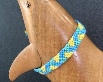 Pattern Friendship Bracelet woven (blue, yellow, green)