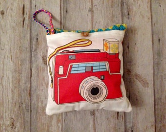 Red camera play pretend, Ecofriendly gift for kids, CAMERA wristlet purse, Camera purse, camera cushion, Camera pillow, organic camera toy