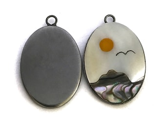 2x Vintage Mother of Pearl Inlaid Mountain Scene - N065