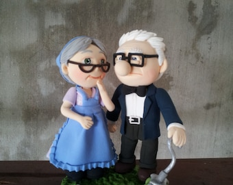 Carl and Ellie in UP wedding cake topper clay doll, UP couple clay miniature engagement decor,clay figurine ring holder,clay couple
