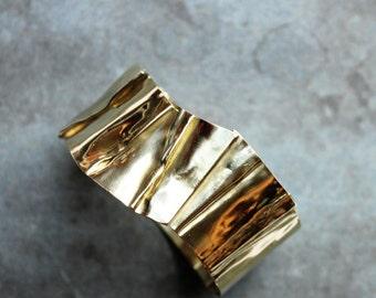 TAHA - folded cuff bracelet
