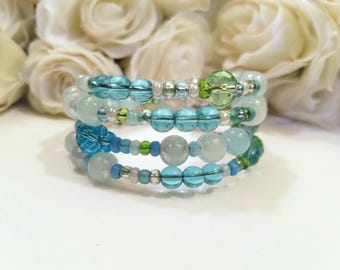 Beaded Wrap Bracelet, Soft Colors Aqua Blue Green Sparkly Memory Wire Bracelet, Coil Stack Bangle, Beach Jewelry, Ocean Colors