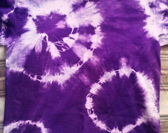 Kids purple tie-dye t-shirt size 5-6 years.