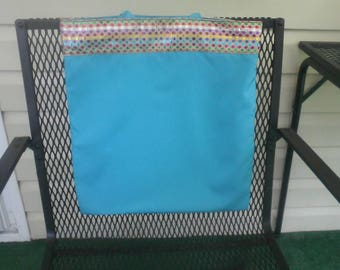 Sparkling multi-colored band tote, great for any occasion