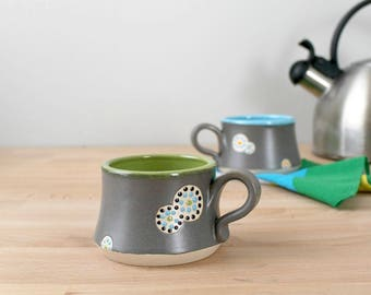 Handmade Pottery Mug, Ceramic Coffee Cup, Pottery Coffee Mug, Modern Coffee Cup, Green Teacup, Modern Kitchen Drinkware, Stoneware Mug