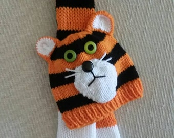 Tiger Hat and Scarf Set