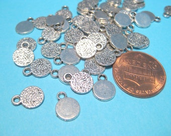 50pcs Antique Silver Round Charms Pendants Stamping tags 10x8mm (No.336)
