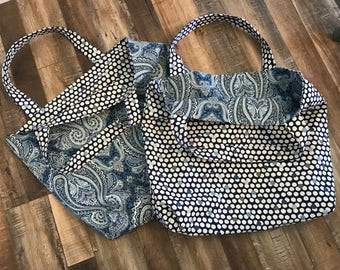 Set of 2 reversible totes